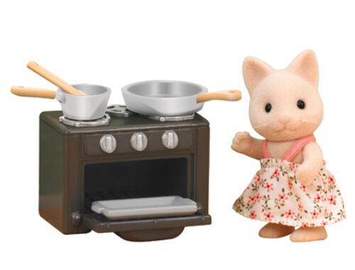 Sylvanian Families cica nővér sütővel (SLV5140)
