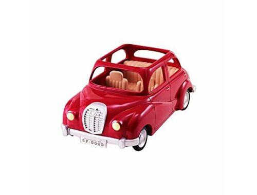 Sylvanian Families piros családi autó piknik szettel (SLV5270)