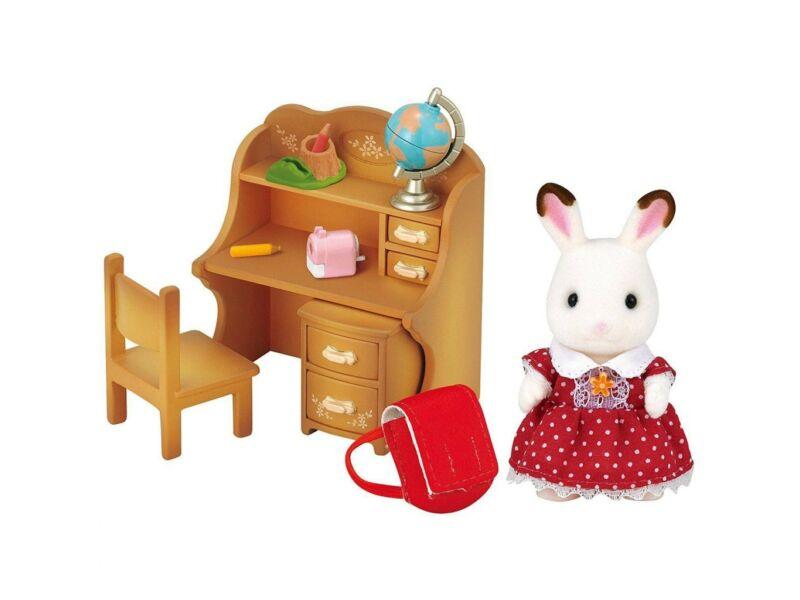 Sylvanian Csoki Nyuszi hugi íróasztal szettes