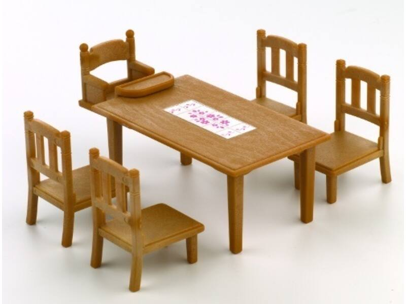 Sylvanian Étkező asztal székekkel